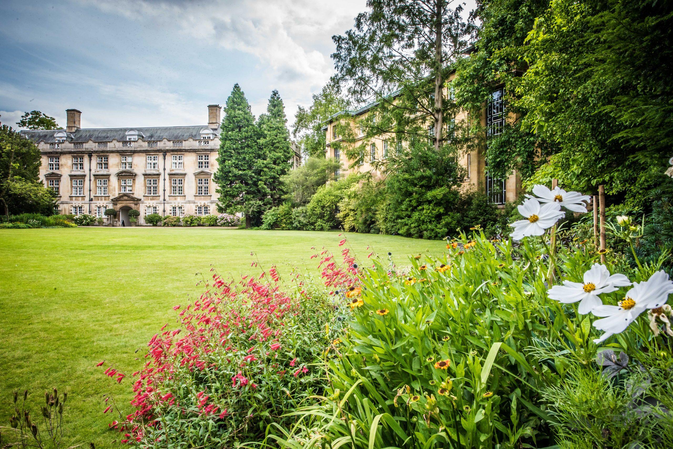 Christ's College Cambridge - The Fellows Garden
